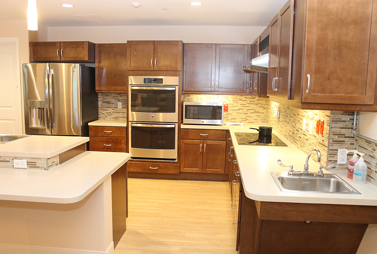 Woodlands-kitchens-fully-equipped.jpg