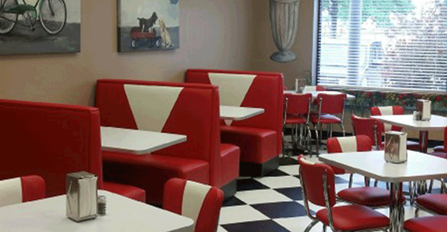 Diner Decor Used To Draw Kids To Summer Feeding Site Food Management