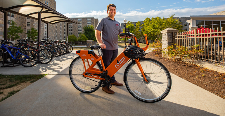 Bike tour gives Virginia Tech students taste of dining's sustainable eats