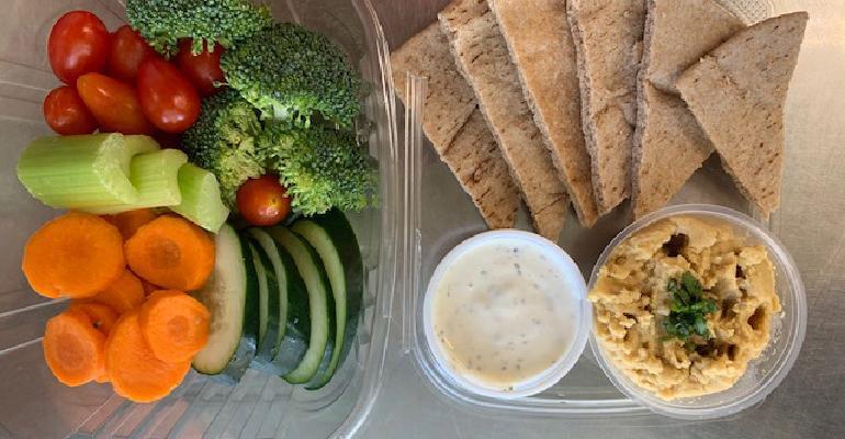 Bento_Box_with_veggies_pita_Ojai_Schools.jpg