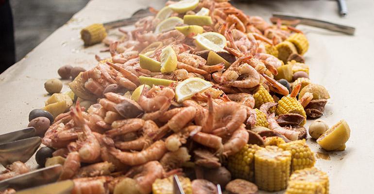 Elon_shrimp_boil_ready_to_eat.jpg
