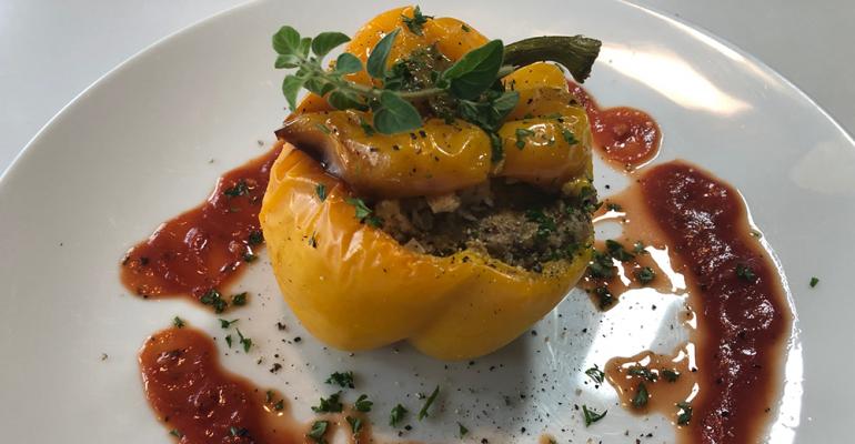 Metz_spinach_tofu_stuffed_pepper.png