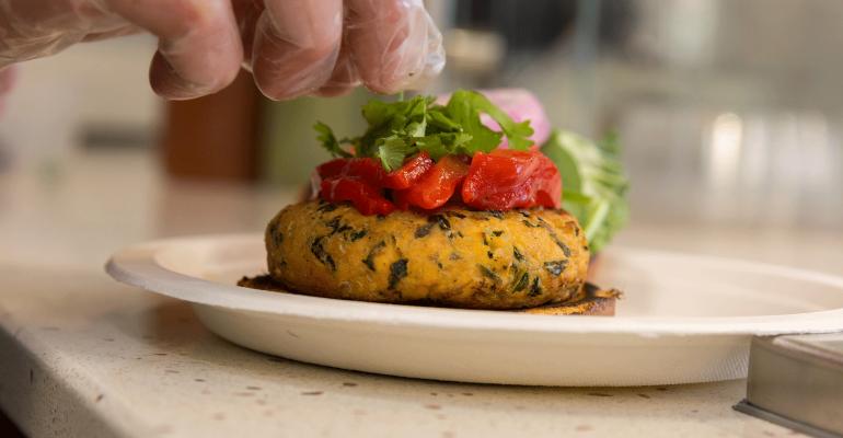 food-management-5-salmon-quinoa-burger.png