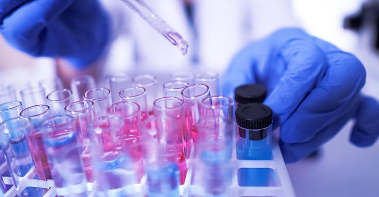 lab-technician-coronavirus.jpg
