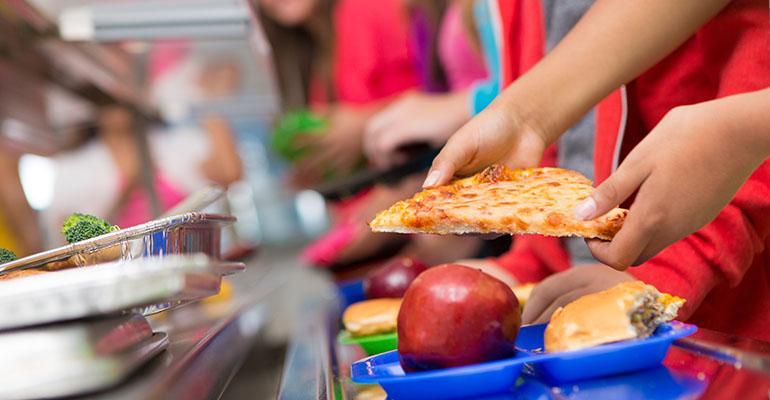 school-lunch-discrimination.jpg