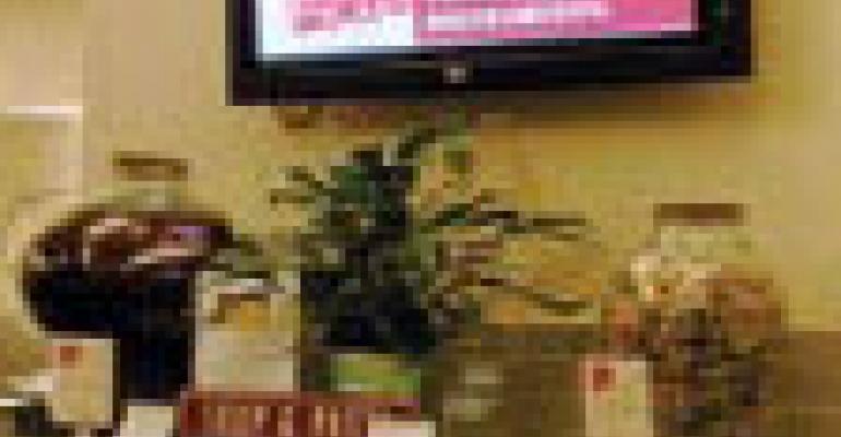 Goldstein, Neff Help Launch Hospital Cafe