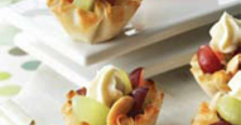 Grape and Cheese Crispy Mini-Tarts