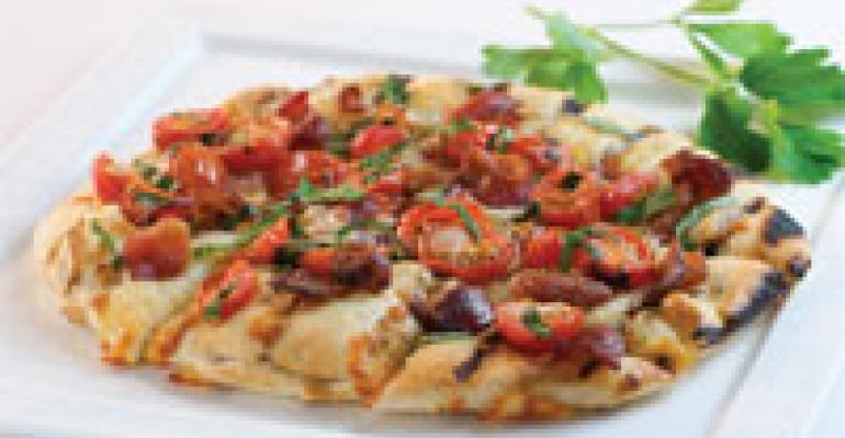Grilled Pizza with Bacon & Tomato