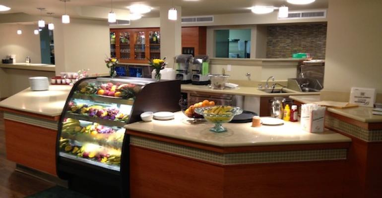The bistro at Abbey Delray South senior living community in Delray Beach FL offers a choice of casual dining options and also has a lounge with full bar