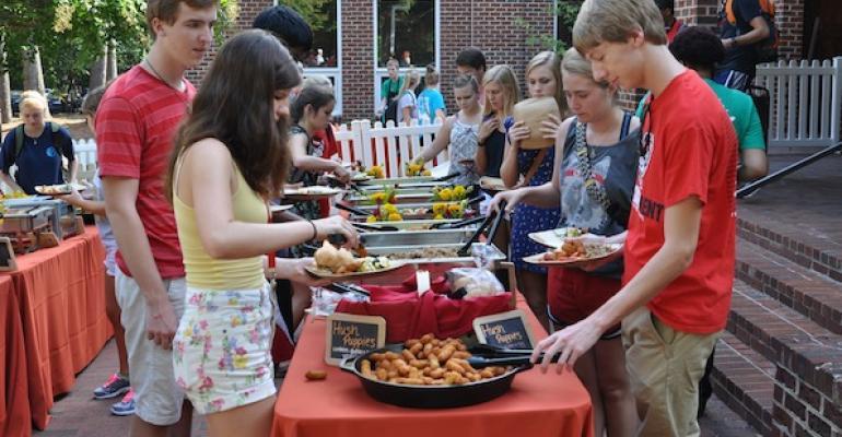 NC State Holds All Carolinas Dinner Event