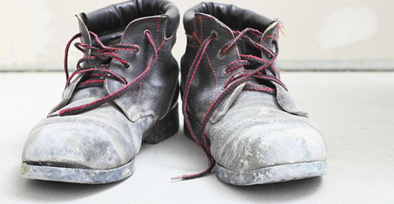 5 Things: Worker fired for washing shoes in sink and deep fryers return to Texas schools