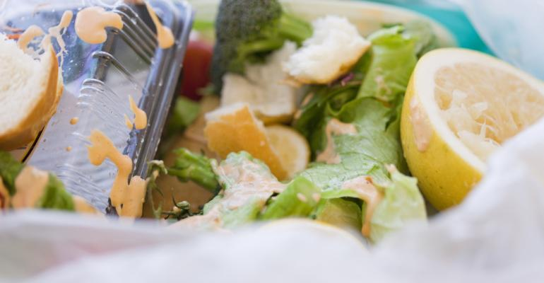 5 things: Social media spreads false rumor of 100 students having lunches tossed