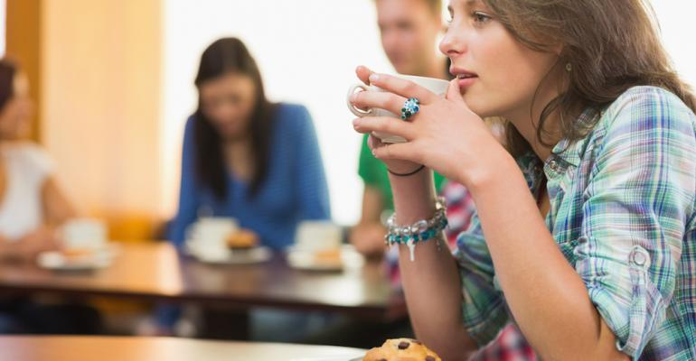 Study: Morning meals, PM snacks drive college dining traffic growth