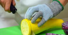 Cut-resistant gloves for safe kitchen practices