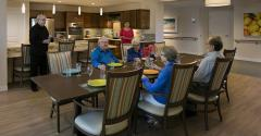 residents-are-encouraged-to-dine-communally.jpg