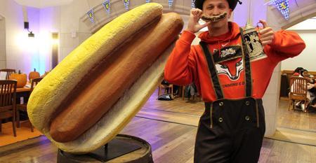 Marist_giant_hot_dog.jpg