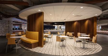 Travelers_cafe_seating.jpg