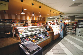 Alarge atrium connecting Royal Oaks' South Tower and Medical Office building houses an expansive retail food court that includes large deli and bakery stations