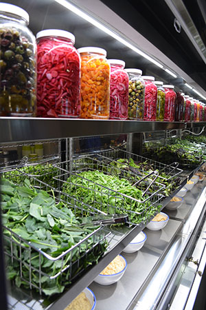 Yale\u2019s new Caf\u00e9 Med dishes up Mediterranean cuisine fit ...