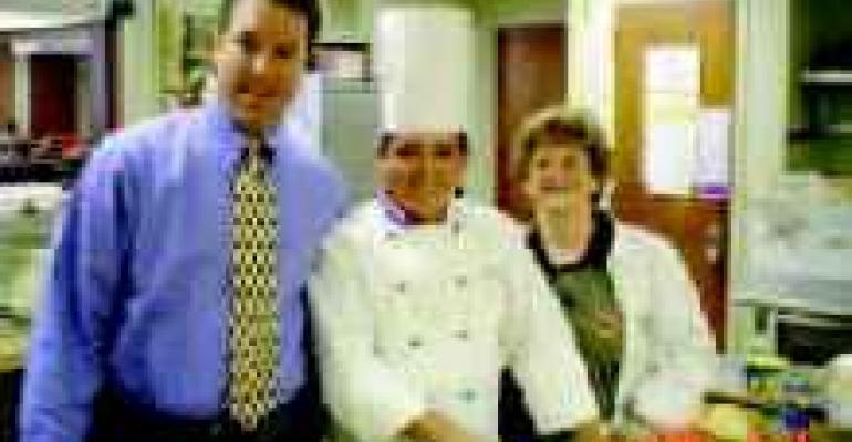 Master Chef Helps School Develop Healthy Menu