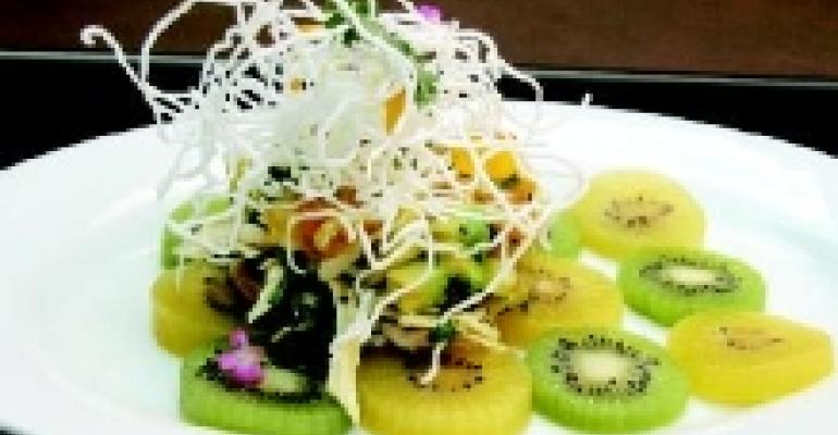 Pulled Chicken Salad with Gold Kiwifruit