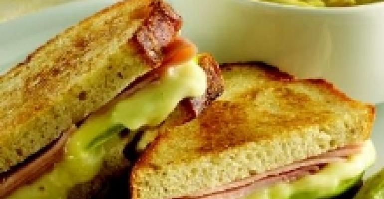 Grilled Ham, Brie & Apple Sandwich
