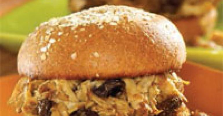 Pulled Pork Sandwich with Garlic, Ginger and Raisins