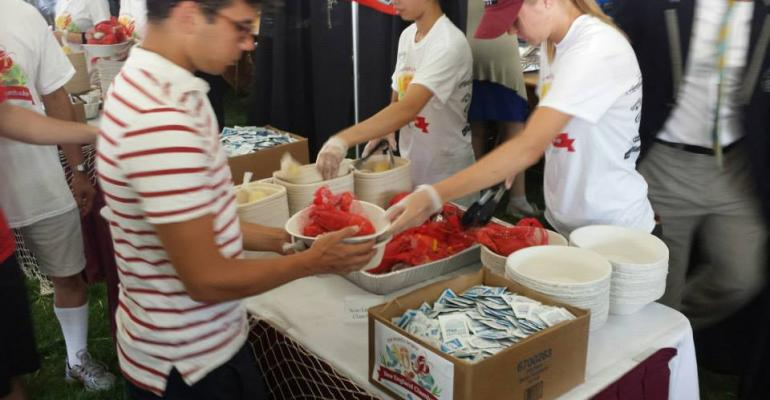 UMass Sets Clambake Record in School Opening Event